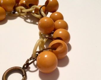 Yellow Bakelite Bead Celluloid Link Bracelet