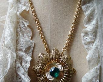 Antique Coro Art Deco Emerald Green Paste Assemblage Necklace - NRU217