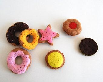 7 felt cookies donnuts biscuits cakes/ felt aliments