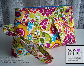 Clutch Pleated Wristlet Purse Makeup Owlivia Floral