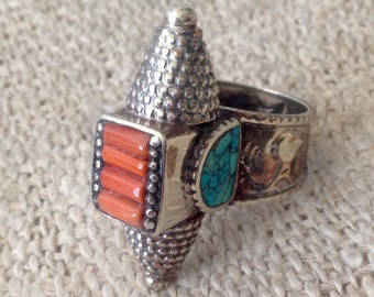 Vintage Turquoise Coral Ring