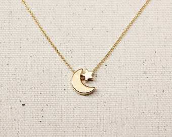 Gold Star Moon Necklace / Gold Moon Star Necklace / Gold Moon Necklace / Gold Star Necklace / Gold Layering Necklace