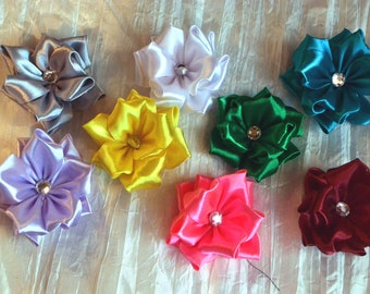 Flower and strass gift bow