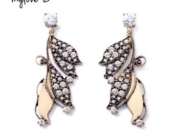 Vintage Style Drop Women Leaf Earrings. Rhinestone & Gold