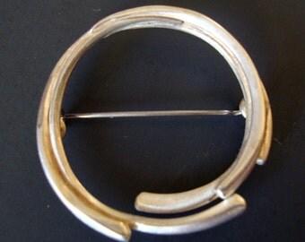 Vintage Silver Tone AD Signed Modernist Brooch.