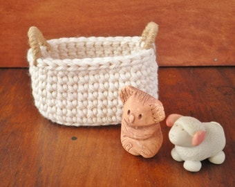 Little Oval Crochet Basket with Handles, Country Home Decor, Natural Decor, Miniature Basket, Cotton & Jute, Storage Basket, Gift for Women