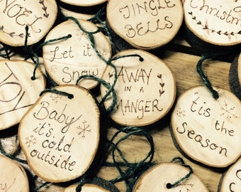 Rustic wood slice Christmas decoration, double sided design, Christmas ornament, personalised Christmas, Xmas decor, Xmas wood slice,