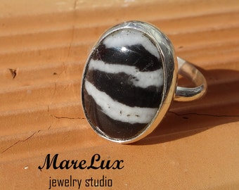 Agate Silver Ring  Black and White Ring  Agate Stone Ring  Quartz Gemstone Ring  Agate Sterling Ring