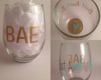 BAE, Best Aunt Ever wine glass, wine glass, glitter wine glass, stemless wine glass, #bae