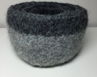 Gray Knitted and Felted Wool Nesting Bowls