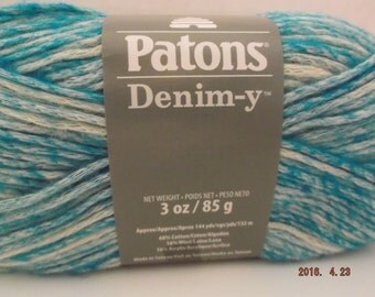 Patons Denim-y Yarn ~ Wool Blend ~ Teal (Denim) ~ #4 Medium ~ 85 grams ~ 144 Yards ~