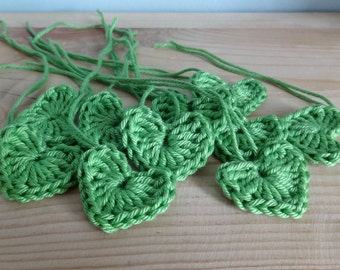 Green Crochet hearts - Crochet flowers - Crochet applique hearts - Crochet appliqué flowers