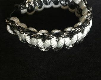 Black and White Paracord Bracelet