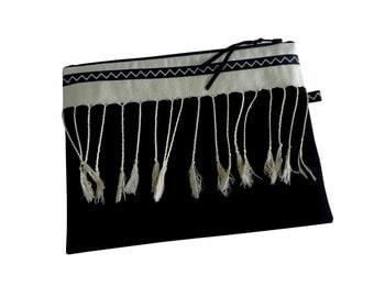 Ethnic beauty bag Tyra black and ecru