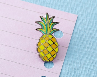Pineapple Enamel Pin with clutch back // lapel pins, tropical pin, fruit pin // EP084
