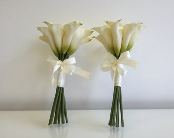 Ivory Calla lily bridesmaid bouquets