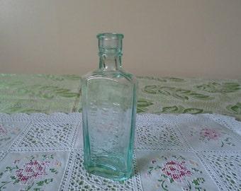 ellimans universal embrocation medicine bottle