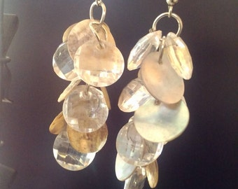 Sparkle Shell Dangle Earrings