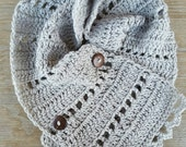 Buttoned Triangle Scarf, Infinity Scarf, Buttoned Triangle Cowl, Gray Buttoned Triangle Scarf, Gray Triangle Infinity Scarf, Gray Cowl, Gray