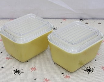 Vintage Pyrex Refrigerator Dishes with Lids Verde Yellow Daisy 501