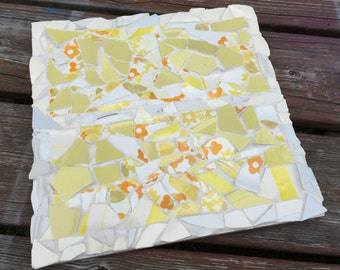 Mosaic trivet - awesome yellow and orange 80s print