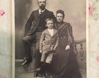 Vintage Cabinet Card Photo - Netherlands Family