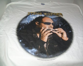 "Official Stevie Wonder ""A Wonder Summer Night"" Tour White T-Shirt Size Large"