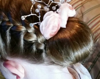 Flower girl hair comb