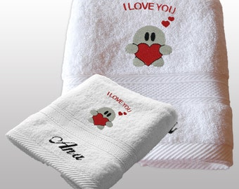 Valentines Day Gift Him / Her Personalized Set of 2 Bath Towels - Ref. Valentine
