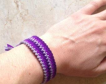 Handmade woven bracelet. friendship bracelet. Woven bracelet.  Lilac bracelet. Purple bracelet. Boho bracelet. Bohemian bracelet.