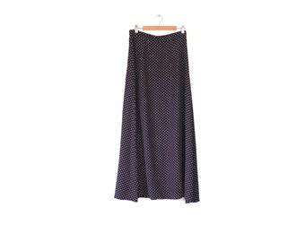 Vintage polka dot maxi skirt / Small A-line elegant skirt / Navy blue dotted skirt / Classic 90s long skirt