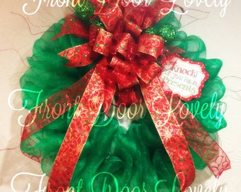 Green with Red Bow Mesh Christmas Wreath