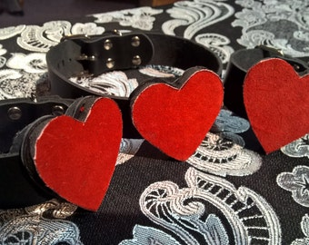 Red Hearts leather choker and cuff set