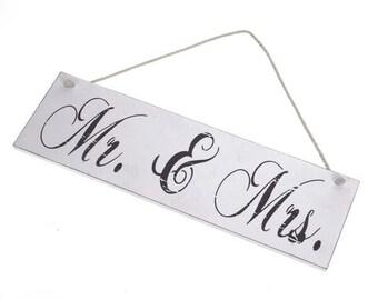 Mr and Mrs, hanging sign, wooden, love, wedding, keepsake, decor