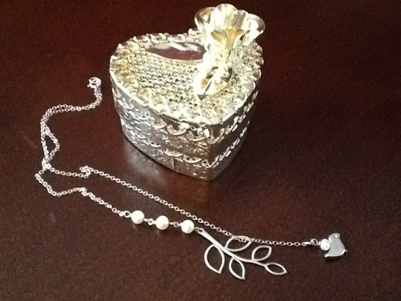 Sterling & Pearl Chain Necklace w Heart Trinket Box
