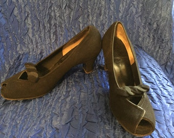Vintage Black Vevet Open Toe 1940's Pumps