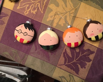Harry Potter character ornaments.