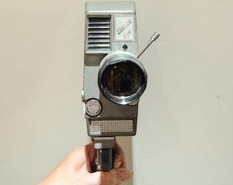 """Kopil Zoom 8 EE """"Electric Eye"""" 8mm movie camera with Kopil Trigger Grip - 1960's #81"""