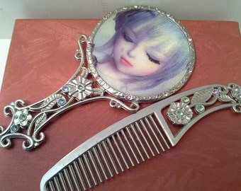 Mirror and comb set