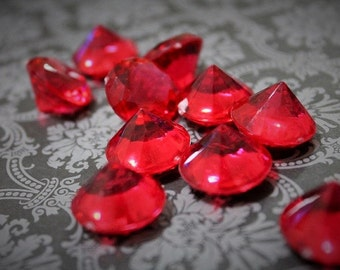 Ruby Red gems-Blood red-plastic red diamond decor-gothic decor-Decorating Rubies-Blood Diamonds-Crystals-Dark decor-Red Rubies-wedding