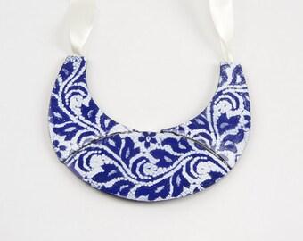 Necklace blue tip