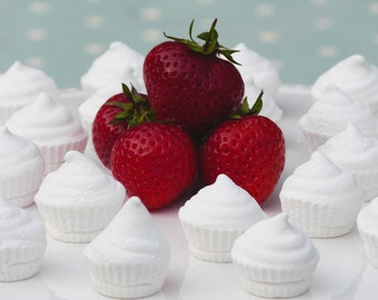 Mini Mallow Muffins - Strawberry & Vanilla