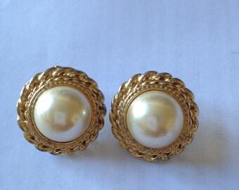 vintage pearl gold earrings