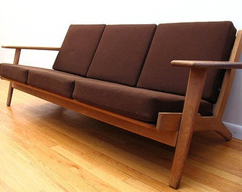 Hans Wegner paddle arm sofa for Getama,Danish modern,all original oak and wool