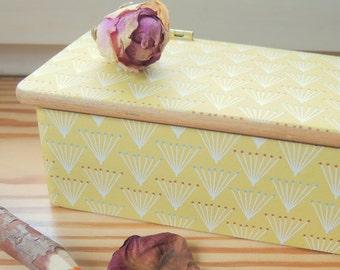 Pen box, jewelry box, wooden box with hinged lid, box, Beechwood, restored, waxed, dandelion
