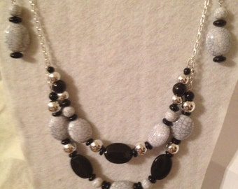 Jewelry- Necklace Set- comes with Earrings