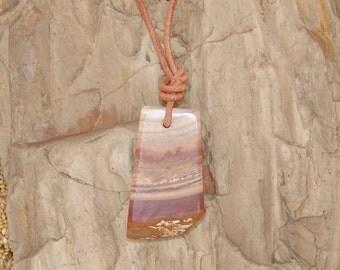 Ribbonstone pendant