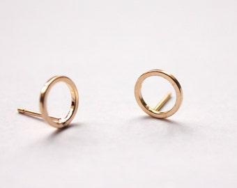 Gold Circle Earrings - Geometric Stud Earrings -  Gold Plated - Minimalist  Jewellery - Small Circular- Simple - Small Studs - Gold Studs