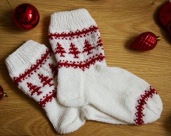 Christmas Socks.  New Year Socks. Wool socks. Hand knit socks. Womens socks