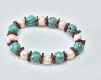 Mother of Pearl and Turquoise Beaded Bracelet